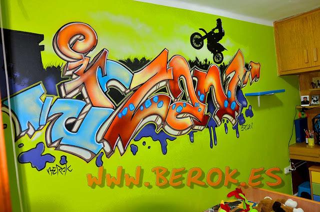 Nombre de Izan en Graffiti urbano para habitación de adolescente