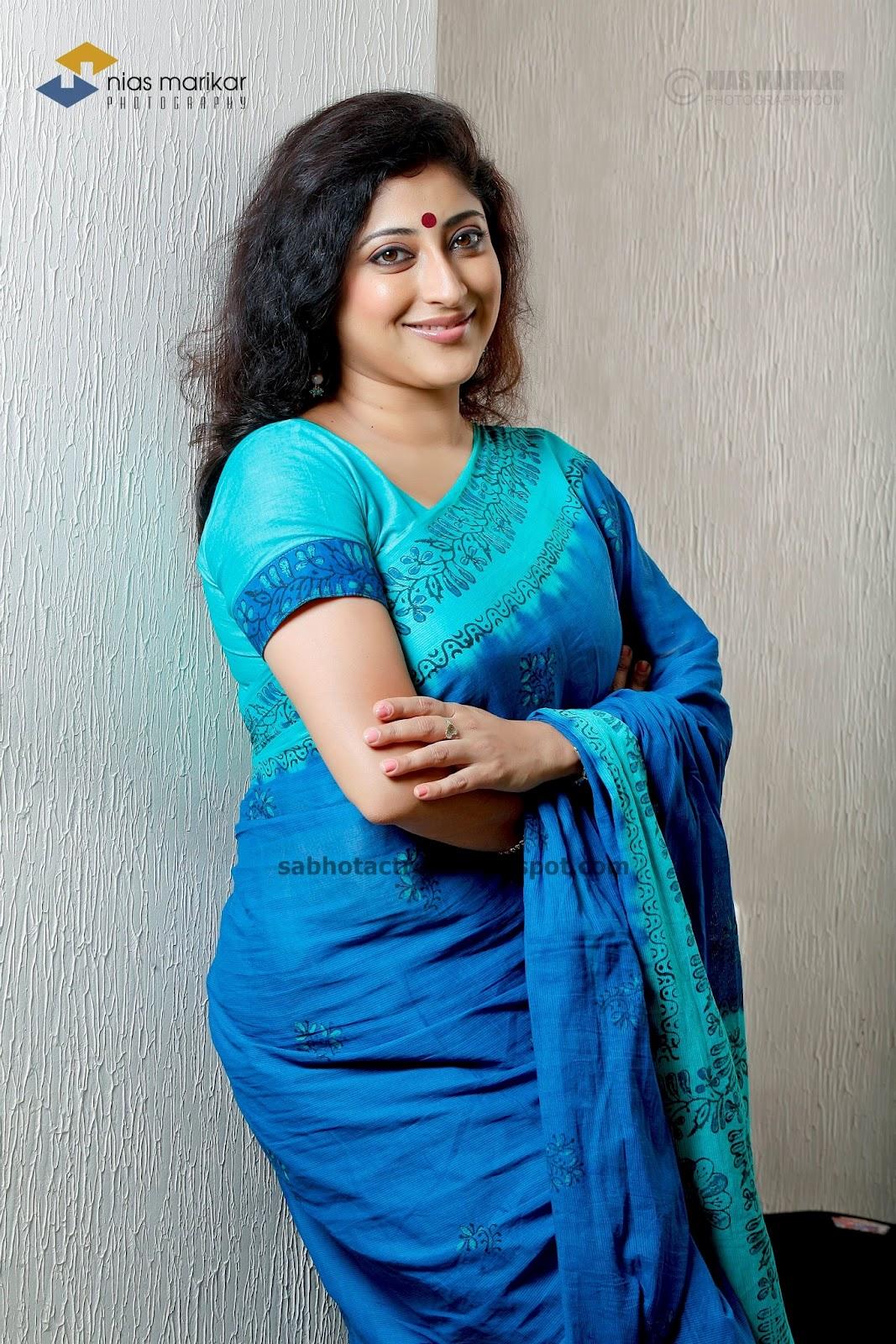 lakshmi aunty pics