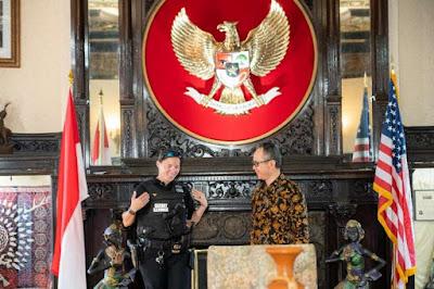 Wanita Paspampres AS Keturunan Indonesia Sowan ke KBRI