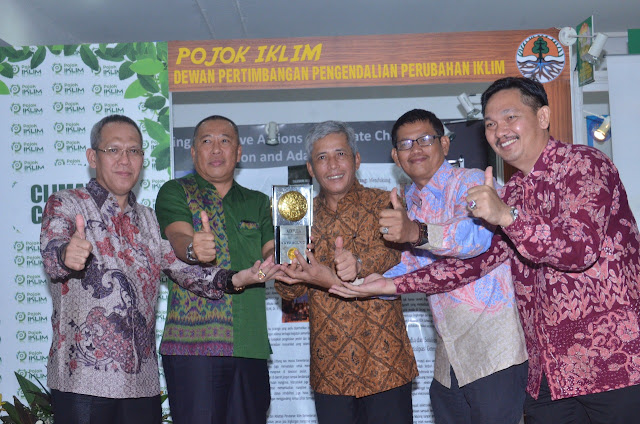 Bupati Iskandar Persembahkan Adipura untuk Masyarakat OKI
