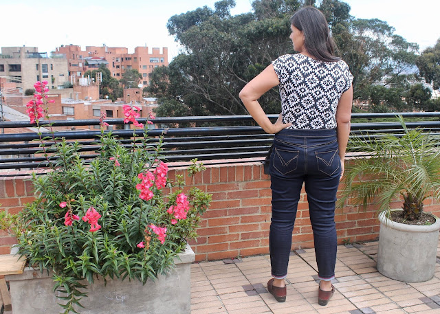 Modeling the back of the Liana stretch skinny jeans sewing pattern.