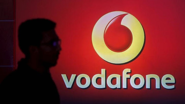 Offer of Vodafone, Unlimited calls for Rs. 348 and 1 GB 4G data every day