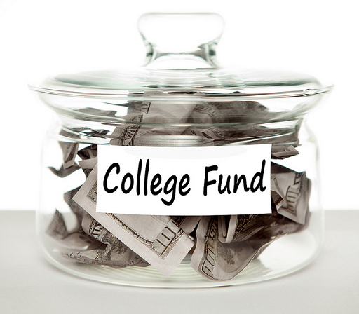 How-To-Save-Money-For-Your-Kid's-College-Fund #infographic