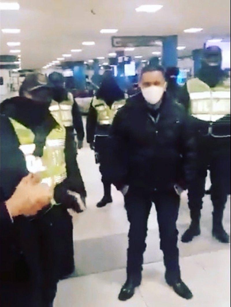 Diputado argentino fue detenido en aeropuerto de Bolivia