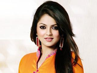 Biodata Drashti Dhami Sebagai Pemeran Geet Maan Singh Khurana / Geet Handa