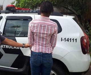 Polícia Militar captura mulher procurada da justiça por roubo em Peruíbe