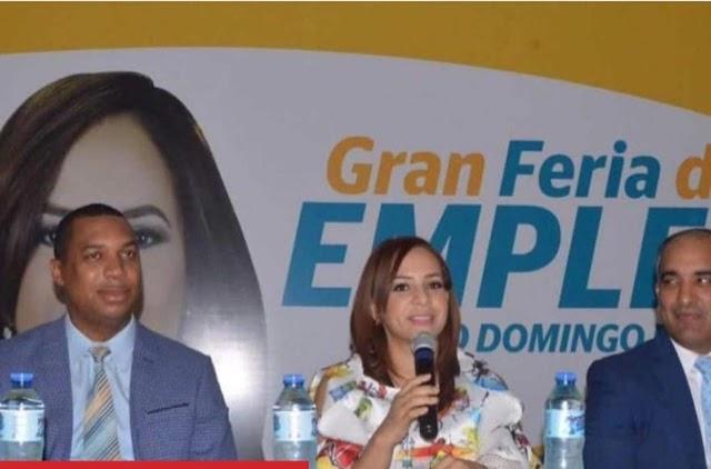 Gran Feria de Empleos en Santo Domingo Este organizada por la diputada Karen Ricardo