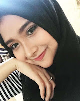 foto Mufida Omar Nahdi pakai jilbab hijab kerudung