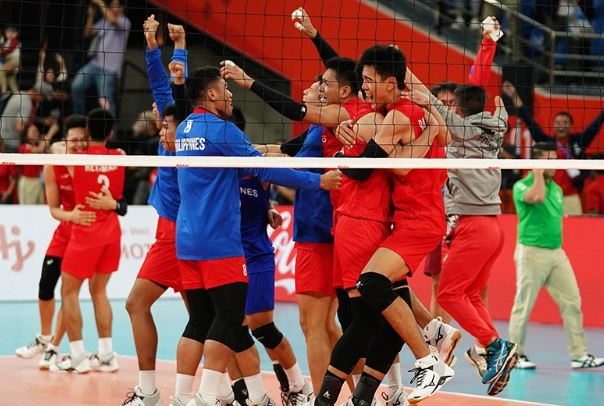 Team Philippines celebrates historic win against the defending champion Team Thailand