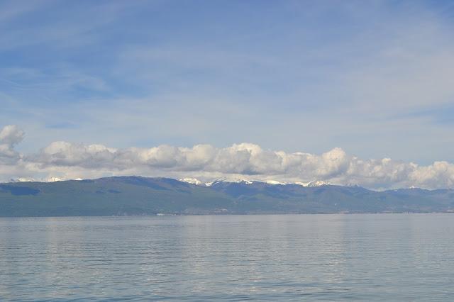 Clouds, snow, lake