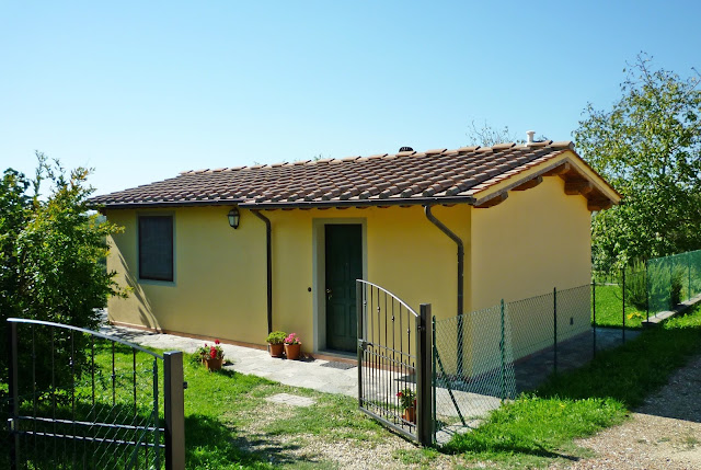 rent apartment Tuscany Florence hills countryside