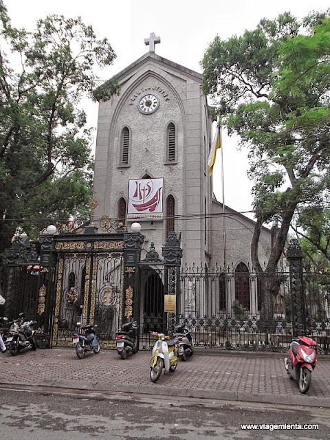 A influência católica permeia toda a Hanói