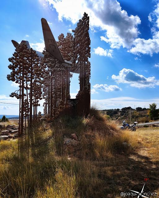 monumento accidente aereo Valdemeca