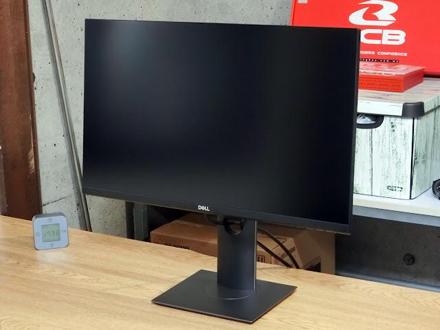 Dell P2421Dの画像