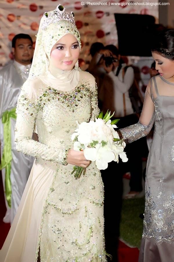 Cari Busana Muslim Terbaru dan Modern Online - Jika Anda mencari baju muslim  811215303a