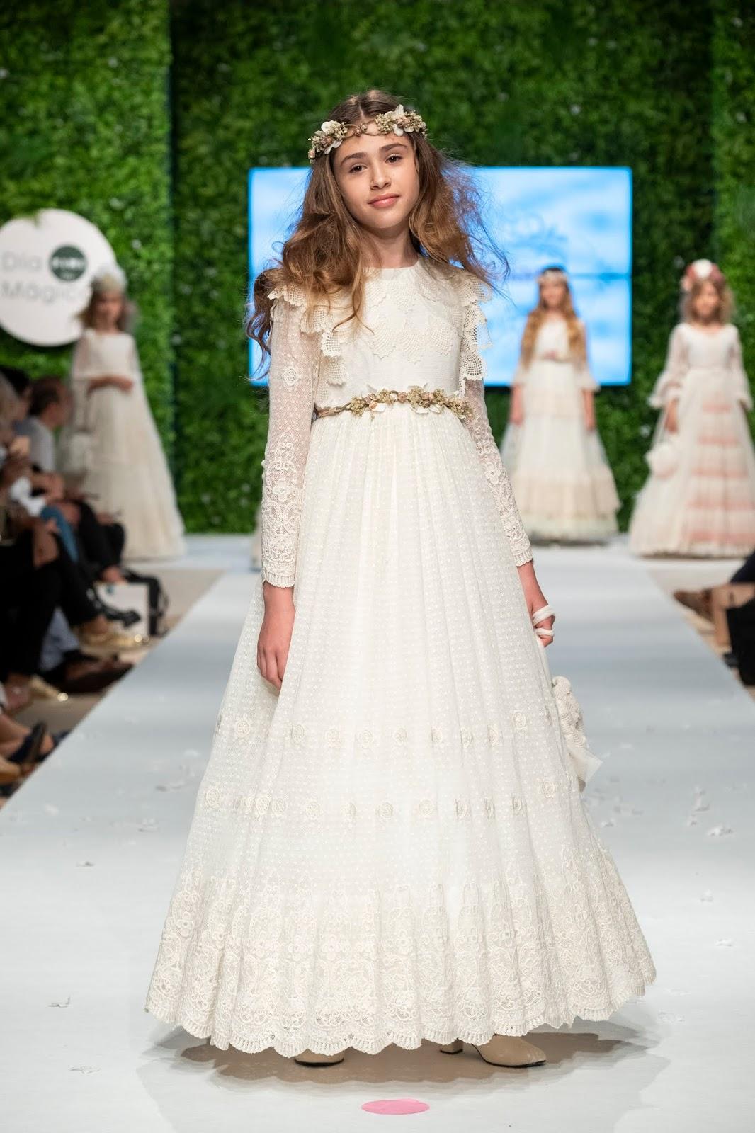 difícil tormenta cavar  Pequeña Fashionista: Especial Primera Comunión: En busca del vestido  perfecto