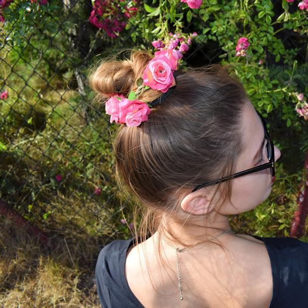 Flowery bun