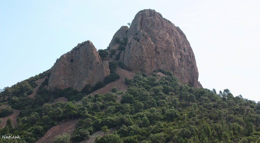 Le pic du Cap roux ( Estérel, Var)