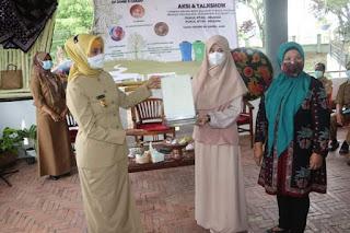 Peringati Hari Peduli Sampah Pj.Gubernur Jambi  Ajak Masyarakat Manfaatkan Sampah Sebagai Pendorong Ekonomi