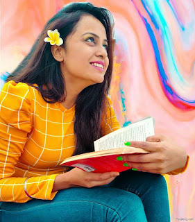 Single Sitting Photo Pose For Girl With Book