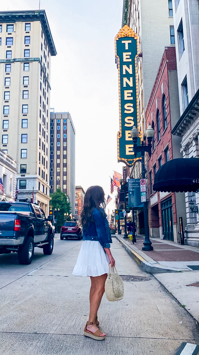 Where to Eat in Knoxville, Tennessee - Chasing Cinderella