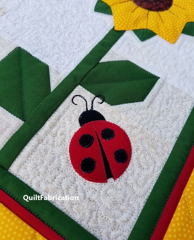 ladybugs by QuiltFabrication