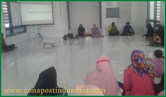 Adakan Pertemuan Terbatas, Wali Murid Siap Mendukung Vaksinasi di SMK Darul Jannah Tapen