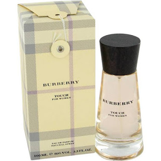 Parfum Burberry Untuk Wanita yang Enak Paling Wangi Disukai Pria  10 Parfum Burberry Untuk Wanita yang Enak Paling Wangi Disukai Pria 2019