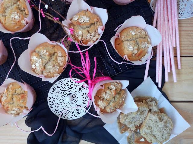 Receta de muffins de coco y plátano. Aprovechamiento, reciclaje, coconut, banana, desayuno, merienda, postre, breakfast recipe Horno Cuca