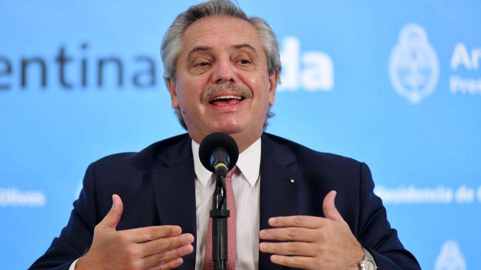 """Alberto Fernández negó haber dicho que """"el sistema de salud se había relajado"""" y le echó la culpa a los medios"""
