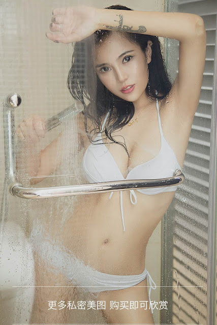 Hot and sexy big boobs photos of beautiful busty asian hottie chick Chinese booty model Shi Hua photo highlights on Pinays Finest Sexy Nude Photo Collection site.
