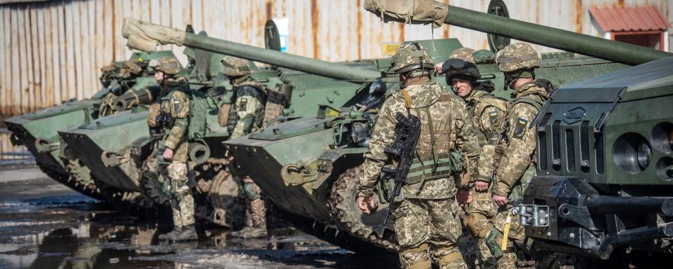 Вдвічі збільшити базове грошове забезпечення військових – поправка Ірини Верещук
