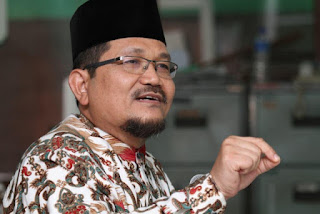 Drs. KH. Fauzi Nurwahid, Ketua PW Persis DKI Jakarta