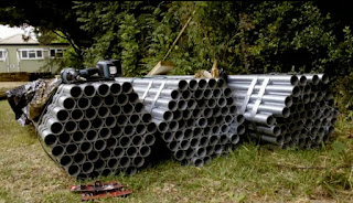 scaffold poles