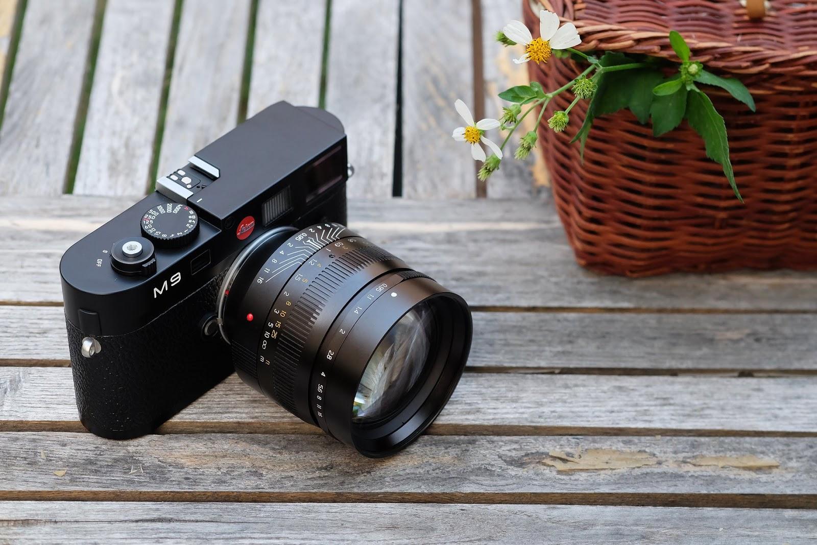 Объектив TTArtisan 50mm f/0.95 с камерой Leica M9