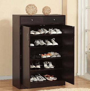 Lemari sepatu kayu minimalis