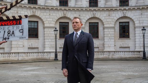Daniel Craig rumoured to quit 007, signs up for new TV series