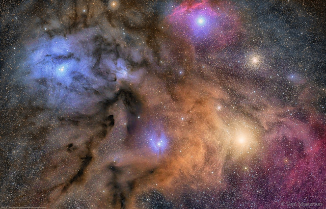 Đám mây đầy màu sắc của Rho Ophiuchi. Tác giả : Tom Masterson.