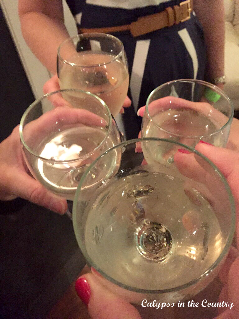 Cheers - Kentucky Derby Party Girl's Weekend