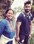 rishabh pant with her mother