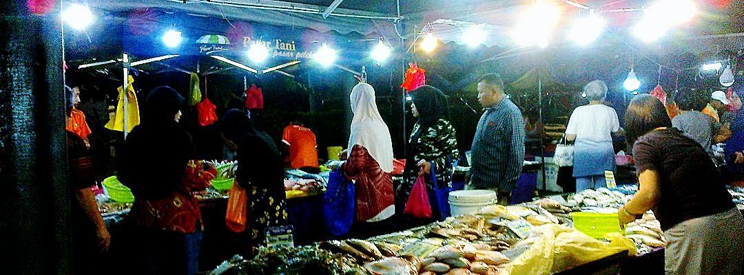 At The Farmer's Market, #I 03