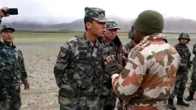 Đụng độ biên giới Ấn Độ và Trung Quốc chưa có hồi kết