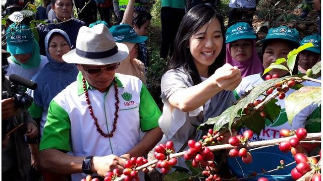 PD: Mungkin Presiden Jokowi Sudah Jarang Ajak Moeldoko Ngopi