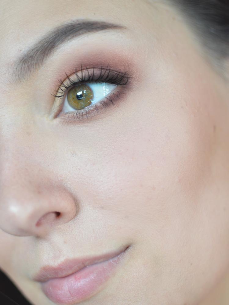 makijaż wieczorowy tania paleta cieni