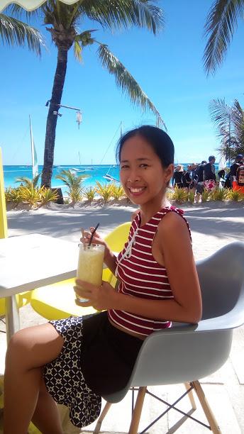 sunny side cafe boracay