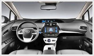 2017 Toyota PriusV Review UK