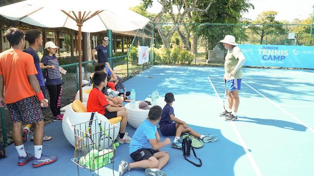 Paul Dale, Mantan Pelatih Martina Hingis, Berbagi Ilmu Pada Junior Tennis Camp di Club Med Bali