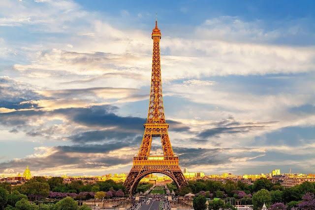 Paris tour - Yatraworld