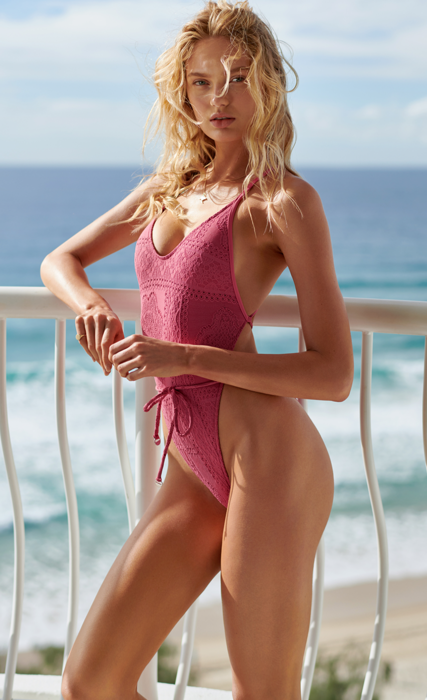 SEAFOLLY FEATURING ROMEE STRIJD