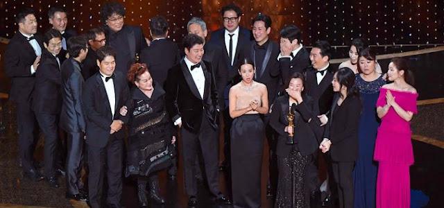 Oscar: Parasita surpreende e leva prêmio de Melhor Filme